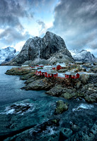 1-30-17 Hamnoy _8102025 B4 CROP expand canvas LARGE web